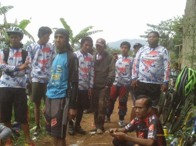 AB MITRA team..di acara FUN DH J2C 2